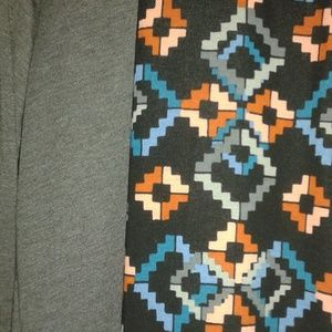 LuLaRoe Other - NWOT  LLR Lanae 2x and a matching 2x Maxi Skirt